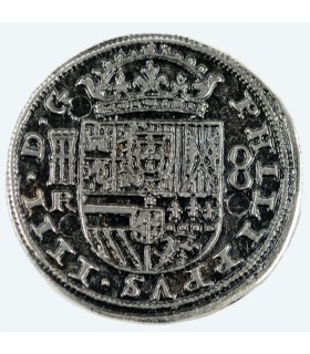 Silver Coin 8 reales, 3.5 cms.