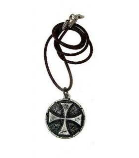 Templar cross pendant (3.3 cms.)