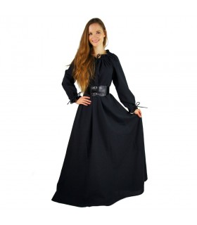 Long medieval dress woman