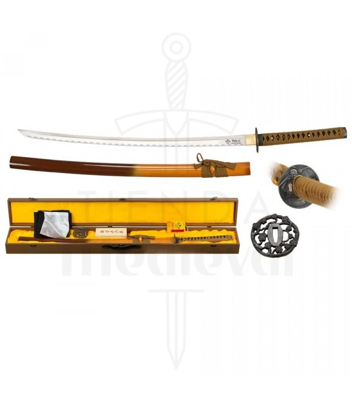 Katana hoja acero al carbono con funda, kit de limpieza y tsubas.