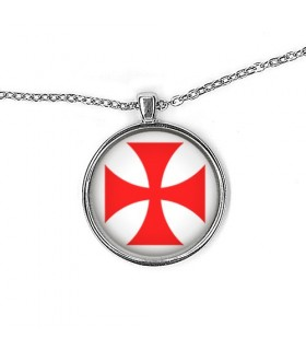 Pendant Cross knights Templar with chain