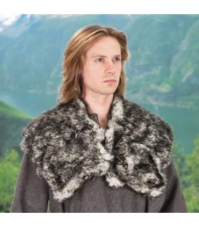 Mantle of Wolf skin faux