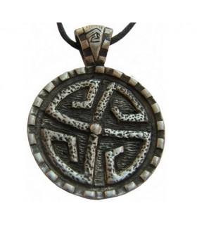 Pendant shield Stone Celtic