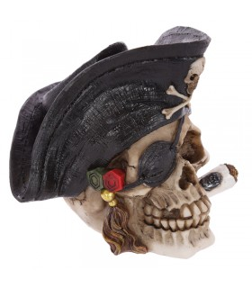 Skull Pirate with cigar