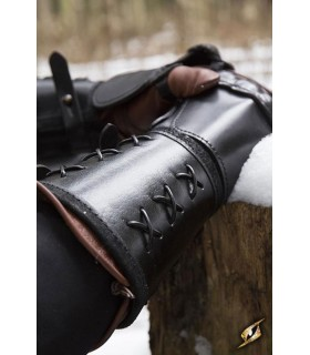 Gauntlet, leather, right arm (1 unit)