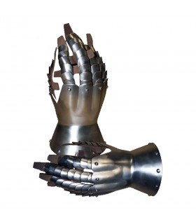Gauntlets medieval articulated, Late XIV century