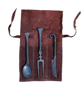 Set of 3 covered for medieval with sheath
