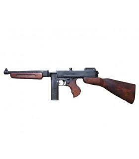 Thompson submachine gun with magazine, USA 1928