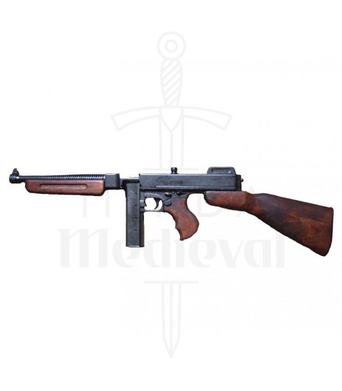 thompson-submachine-gun-with-magazine-us