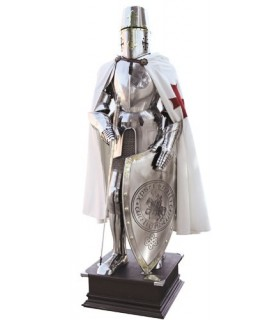 Armor of the Knights Templar to cross on his chest